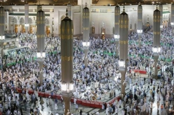 The Prophet's Mosque in Madinah receives huge crowds of worshippers during Ramadan.