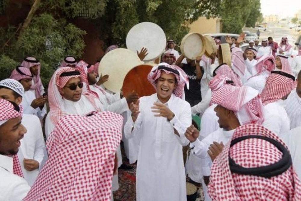 Saudi greet the annoucement of Eid Al Fitr on Tuesday with enthusiasm. — File photo