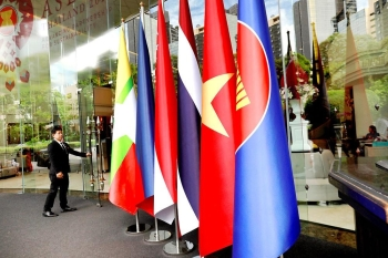 The US-China tariff war is expected to dominate discussions at the ASEAN summit in Bangkok this weekend.