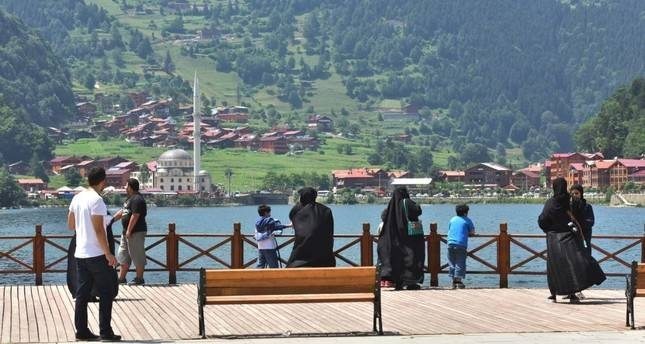 The green mountains of the Black Sea regions attract many Saudi and Arab tourists to Turkey.