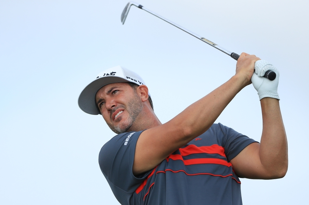 Piercy jumps out to two-shot lead at 3M Open