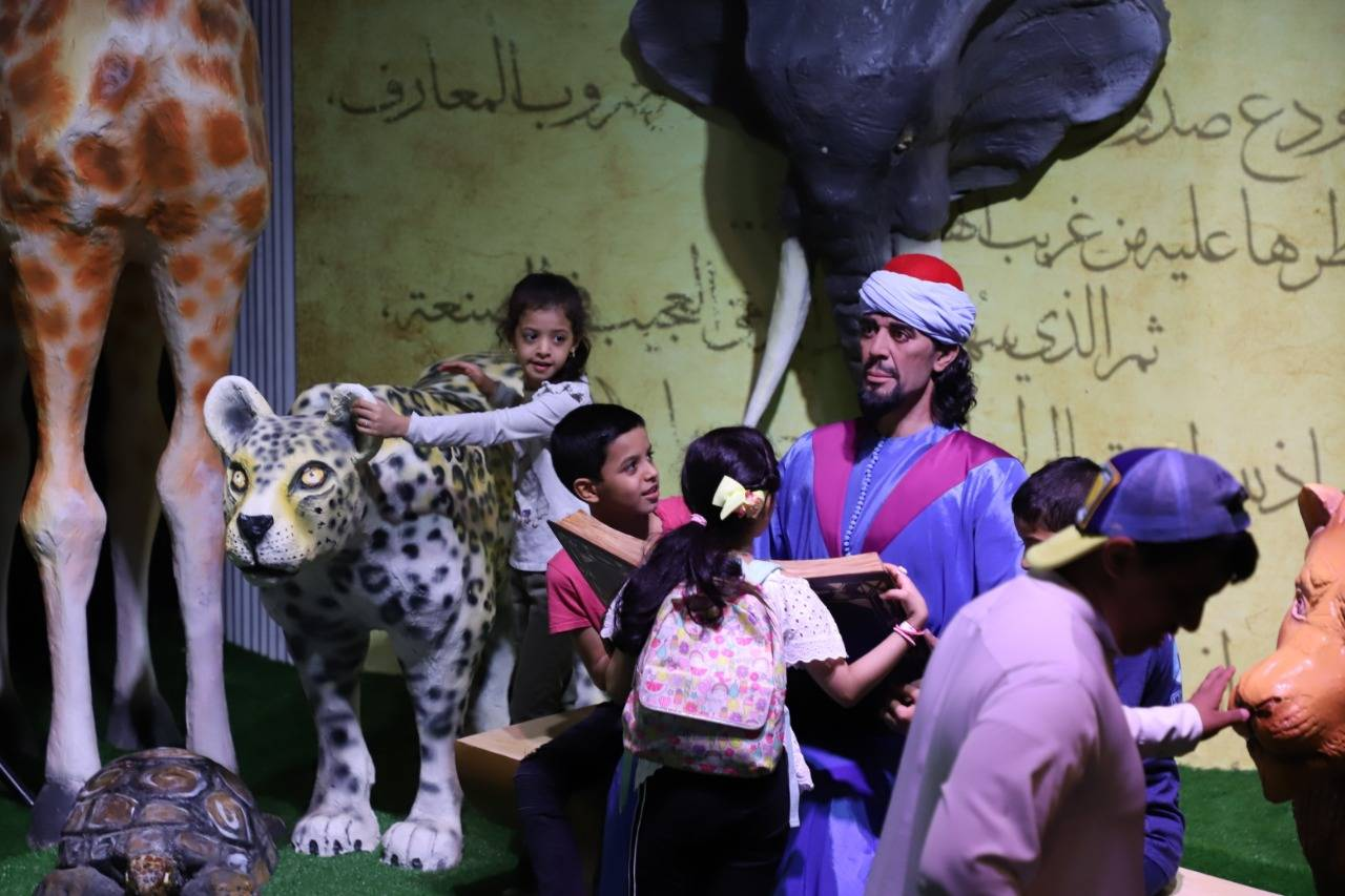 Al-Jahiz Pavilion attracts large number of visitors to Souk Okaz