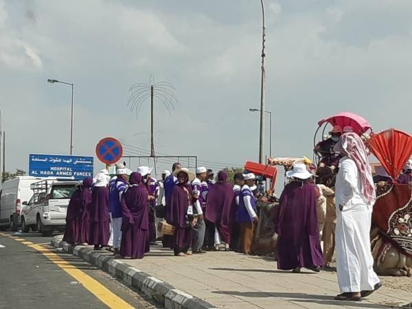Pilgrims in Taif after the completion of their Haj rituals. — Okaz photo