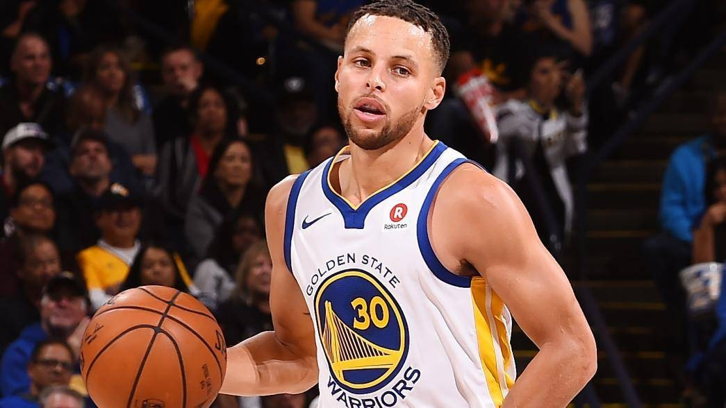 Golden State Warriors guard Stephen Curry says he expects to play for the United States at next year's Tokyo Olympics.