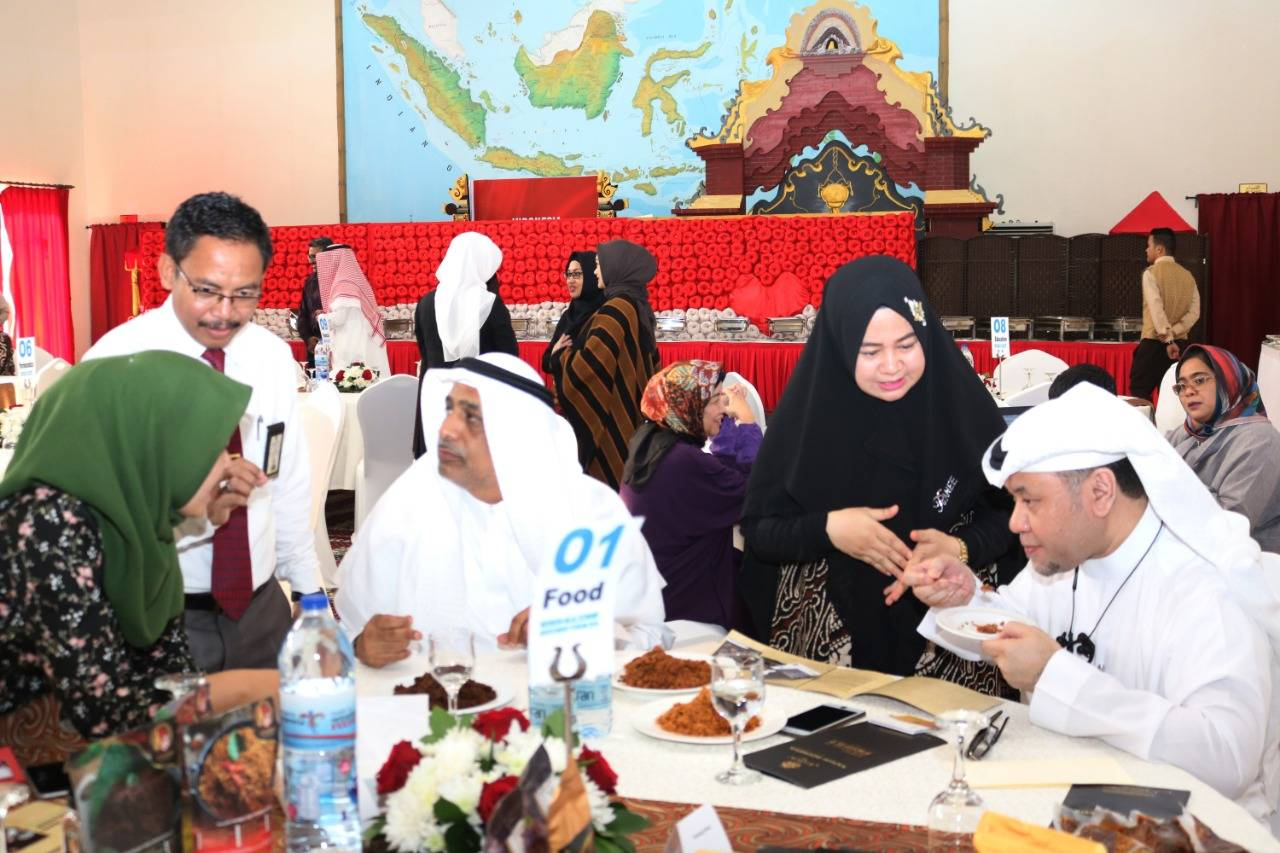 Indonesian Halal products being promoted at the Halal Investment Forum 2019 in Jeddah on Wednesday.