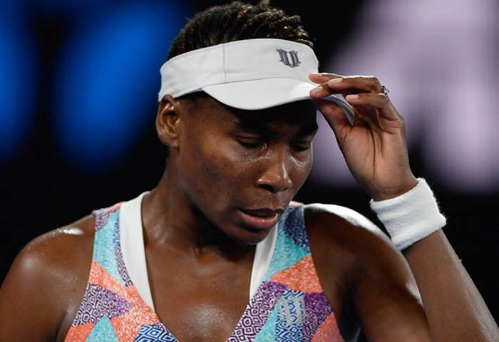 Collins fights back to beat Venus at Wuhan Open