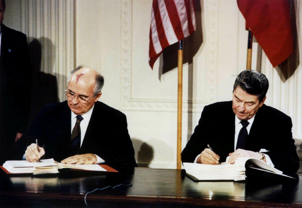 Late US President Ronald Reagan, right, and then-Soviet leader Mikhail Gorbachev sign the Intermediate-Range Nuclear Forces (INF) treaty in the White House in this Dec. 8, 1987 file photo. — Reuters