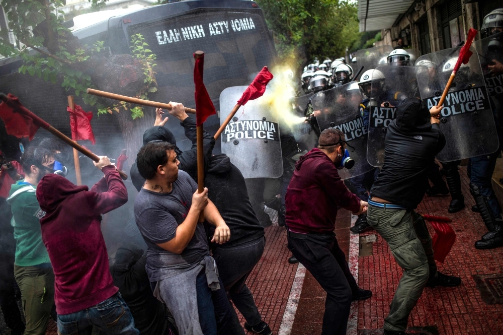 Greek Parliament approves stricter asylum law