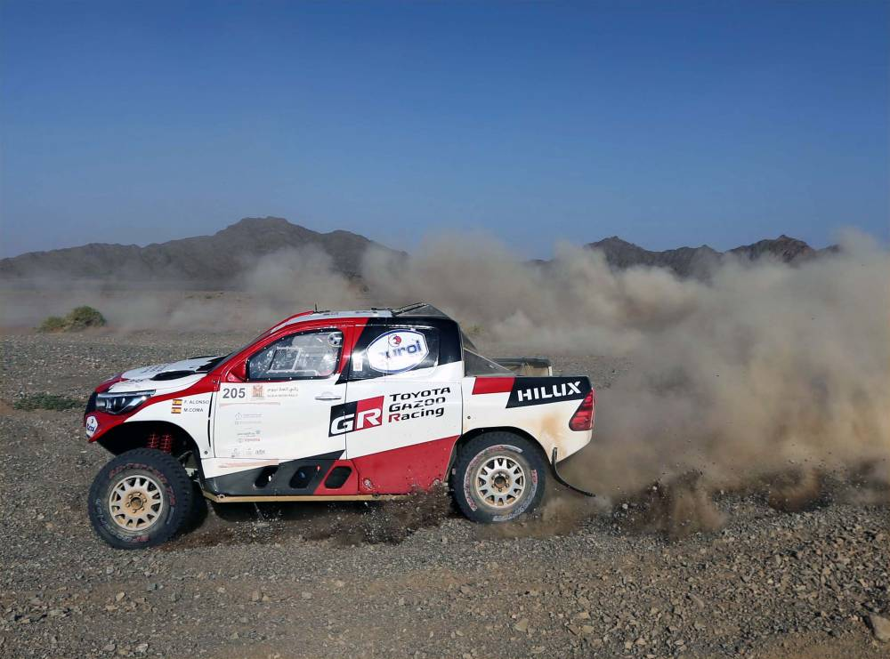 Fernando Alonso in action in the AlUla–Neom Cross-Country Rally on Friday.