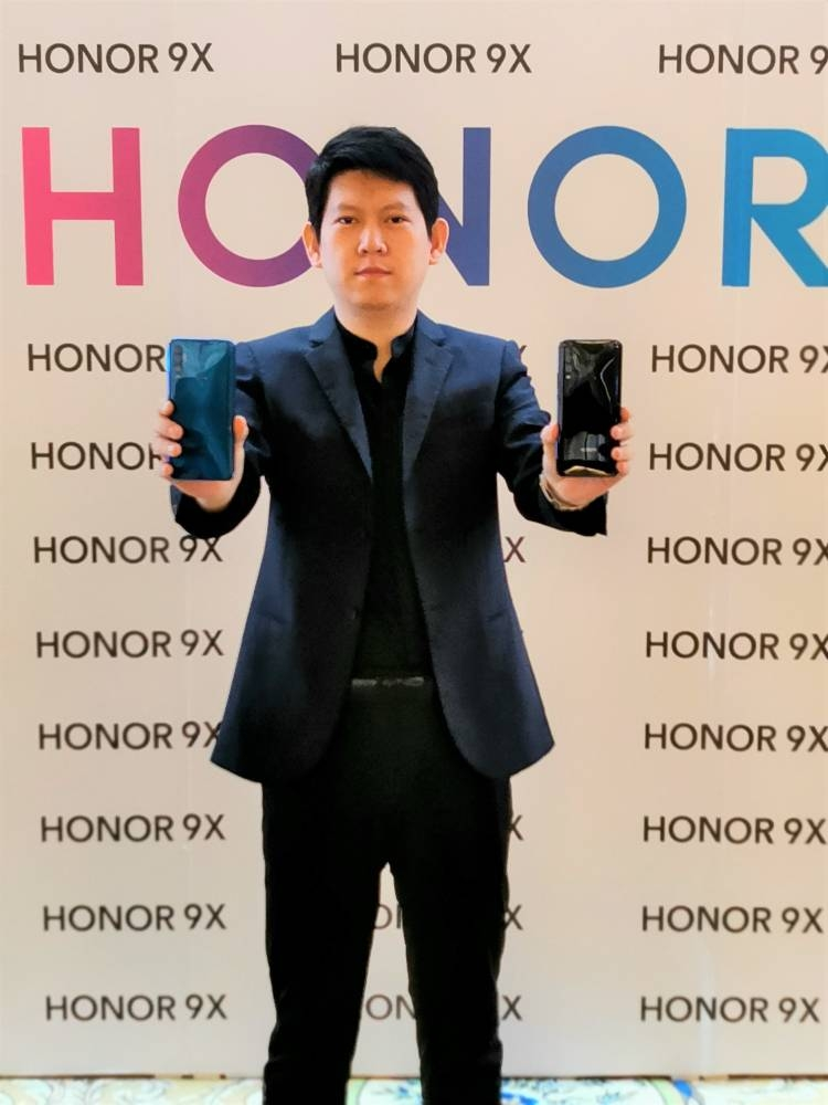 HONOR debuts its 9X in Saudi Arabia