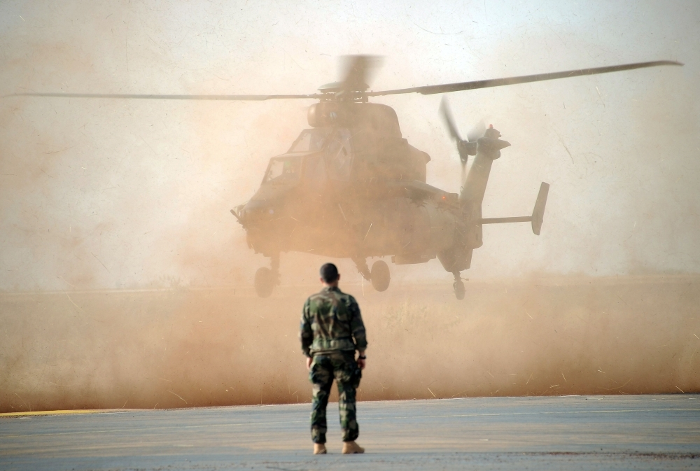 More than a dozen French soldiers killed in helicopter collision in Mali