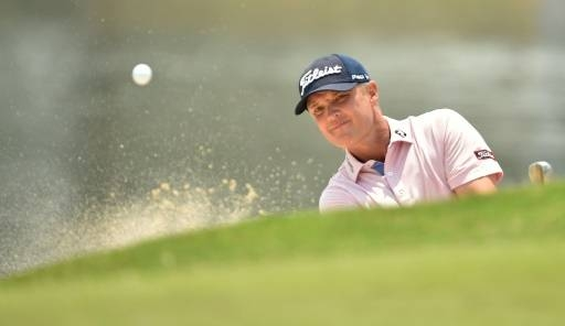 Matt Jones extends Australian Open lead