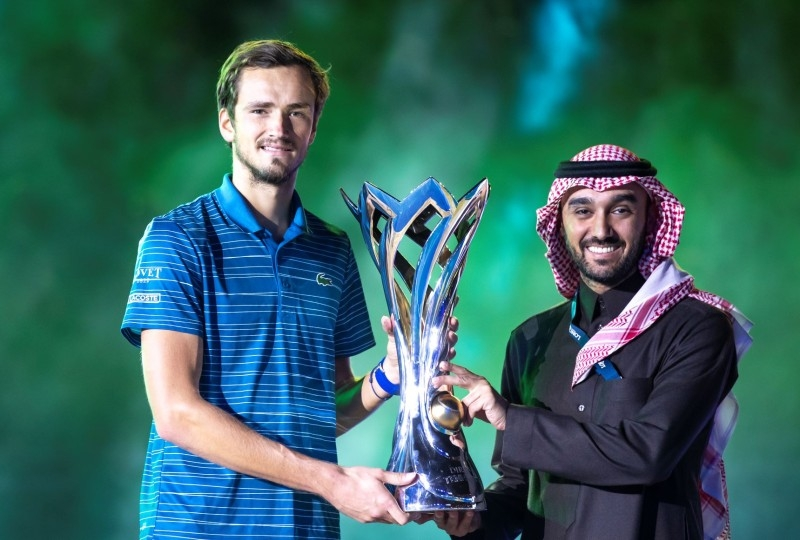 Daniil Medvedev and Prince Abudaziz with the Diriyah Tennis Cup.