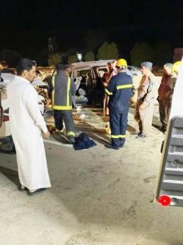 فرق الإسعاف في موقع الحادثة.