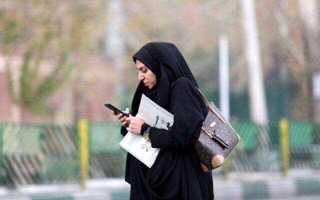 Iran censors internet on the eve of new protests