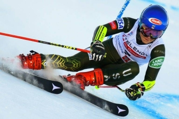 US star Mikaela Shiffrin is Olympic giant slalom champion. — AFP