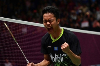 Indonesian shuttler Anthony Sinisuka Ginting beat defending champion Anders Antonsen to claim the Indonesia Masters title. — AFP