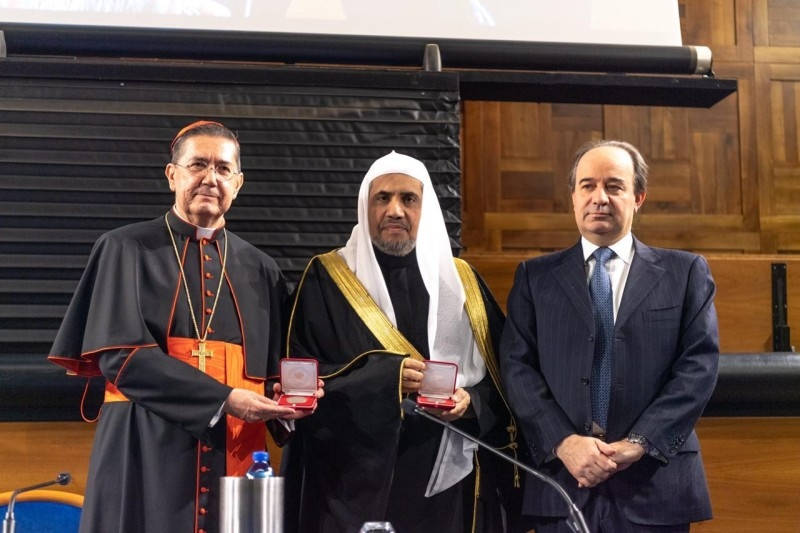 MWL, Italian Catholic university sign cooperation agreement