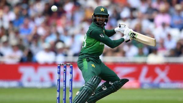 Veteran all-rounder Shoaib Malik steers Pakistan to victory against Bangladesh in the first Twenty20 International in Lahore.
