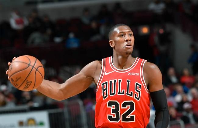 Chicago Bulls guard Kris Dunn will be sidelined for another four to six weeks with a sprained right knee ligament, the NBA club announced Wednesday.