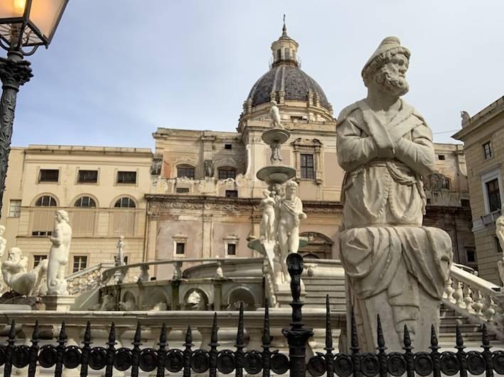 Piazza Pretoria in Palermo.
