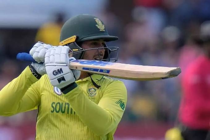 South Africa's Quinton de Kock claimed he had not felt under pressure as captain after a tense one-run win in a Twenty20 international against England earlier this month.