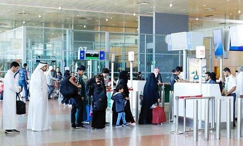 No ban for entry of work-visit visa holders