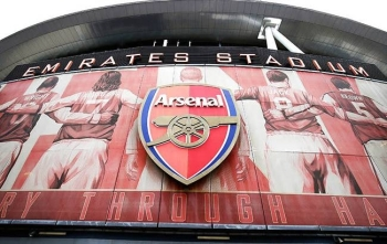 Arsenal's London Colney training center has been closed after head coach Mikel Arteta received a positive coronavirus (COVID-19) result, the club announced in a statement on Thursday.