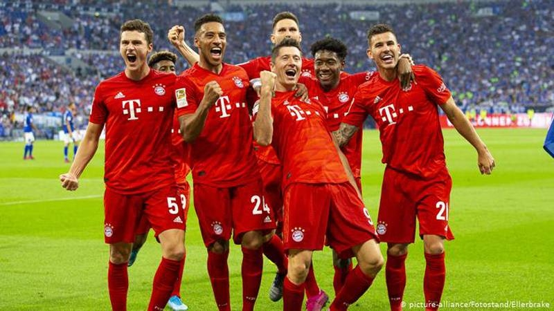 File photo of Bayern Munich players, including Polish striker Robert Lewandowski, celebrating a victory in Bundesliga.