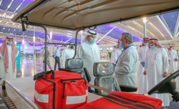 Minister of Transport Eng. Saleh Bin Nasser Al-Jasser inspected on Saturday the Hall No.1 at the new Jeddah-based King Abdulaziz International Airport and reviewed preparations to resume domestic flights.