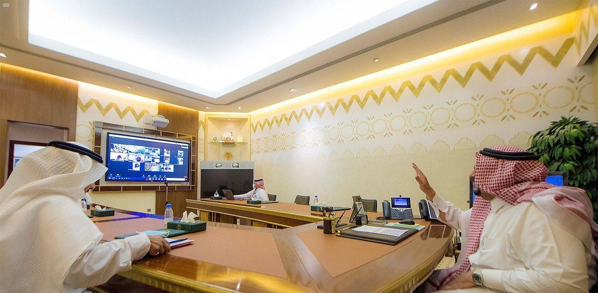 Qassim Emir Prince Faisal Bin Mishaal chairs an online meeting on Tuesday to discuss COVID-19 precautions following easing of restrictions. — SPA