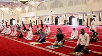 A total of 683 violations of coronavirus precautionary measures were reported during the first two days (Sunday and Monday) in mosques across the Kingdom after they reopened following two-month closure.
