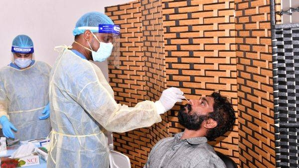 The United Arab Emirates on Friday recorded 865 new coronavirus cases over the last 24 hours, taking the total number of confirmed infections in the country to 83,433. — WAM photo