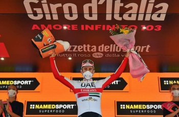 Italian Diego Ulissi takes his second win of this year's Giro d'Italia ahead of race leader Joao Almeida.