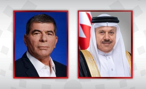 Bahrain's Foreign Minister Dr. Abdullatif bin Rashid Al-Zayani held telephone talks with his Israeli counterpart Gabi Ashkenazi, Bahrain News Agency reported on Wednesday.