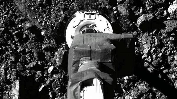 Osiris-Rex spacecraft touches the surface of asteroid Bennu — courtesy NASA/Goddard/University of Arizona