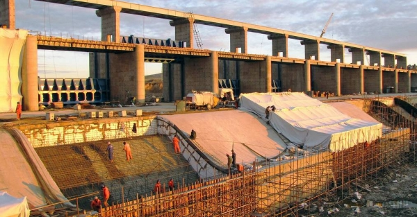 File photo shows major infrastructure projects like this dam on the Nura River in Kazakhstan often require foreign direct investment. — courtesy World Bank/Shynar Jetpissova