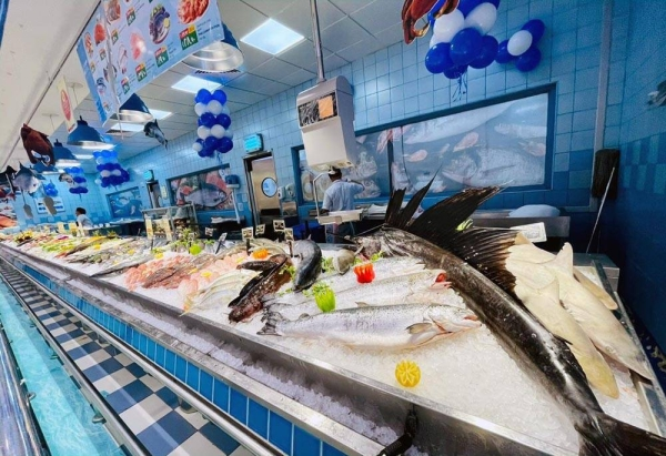 """LuLu, the top retailer in the Middle East, unveiled its annual fish and seafood festival, named """"Fishtival"""", an exciting showcase of offers on fresh fish and exotic seafood delights from different parts of the globe."""