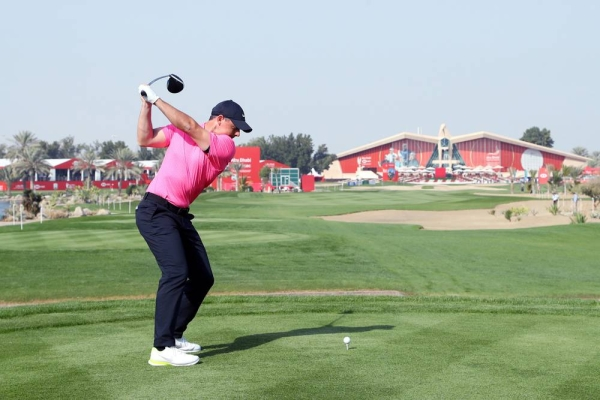 Rory McIlroy of Northern Ireland tees off on the 9th hole during Day One of the Abu Dhabi HSBC Championship at Abu Dhabi Golf Club on Thursday in Abu Dhabi, United Arab Emirates. (Photo by Warren Little)