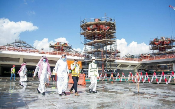 Minister of Transport Eng. Saleh Al-Jasser, announced on Saturday that the contractor will bear the costs of repairing Haramain High-Speed Railway station in Jeddah.