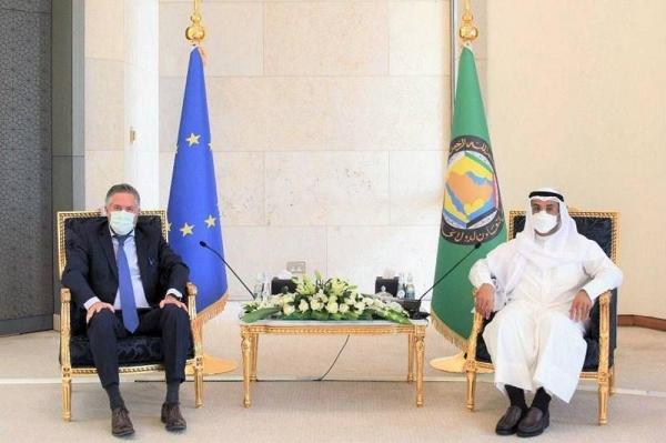 Secretary General of the Gulf Cooperation Council (GCC) Dr. Nayef Falah Mubarak Al-Hajraf received Tuesday the ambassadors of the European Union (UN) to the Kingdom of Saudi Arabia.