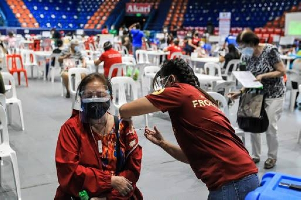 A man in the Philippines has died after being forced to do 300 squats for breaching coronavirus-induced curfews, making him the latest victim of the country's often brutal approach to enforcing restrictions. — Courtesy file photo
