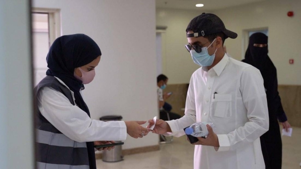 Recoveries surge as new infections in Saudi Arabia stay below 1,000-mark