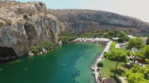 Greece launches tourism season, eyes pandemic recovery