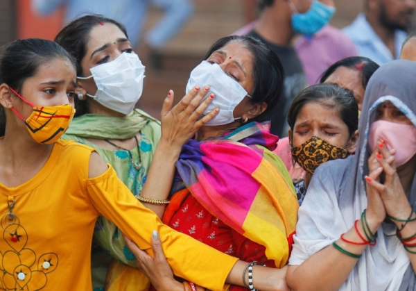 New COVID-19 cases in India on Monday fell below 300,000 for the first time since April 21, with 281,386 new infections reported over the past 24 hours. — Courtesy WAM