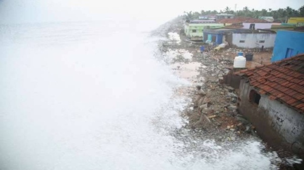Tens of thousands of people have been evacuated from low-lying areas in western India as a powerful cyclone is expected to make landfall on Tuesday, threatening a region already struggling with a devastating second coronavirus wave. — Courtesy photo