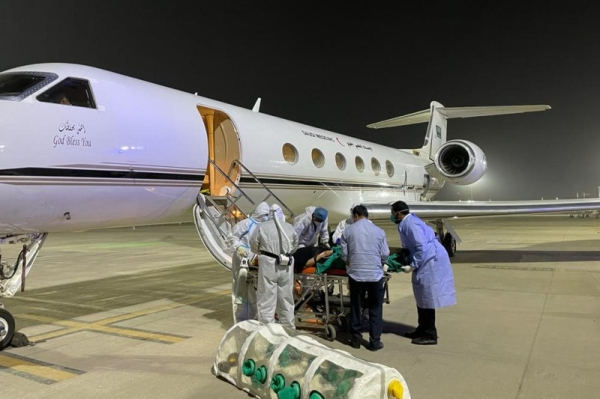 The medical air evacuation plane arrived at King Salman Air Force Base in Riyadh after a 15-hour flight, with all the precautionary measures taken to combat the spread of the virus.