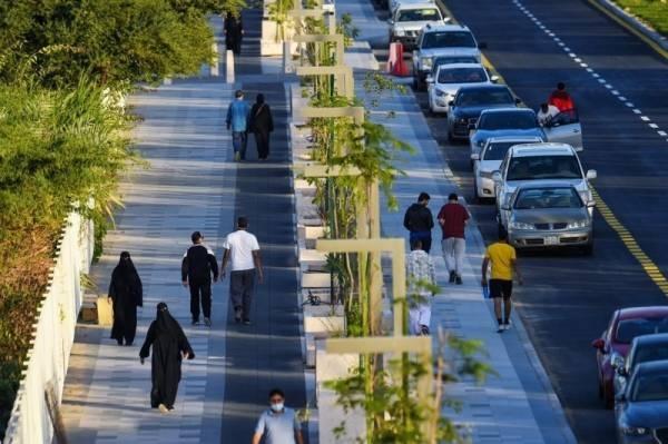 Saudi Arabia population hits 35 million, grows 2.3% in one year