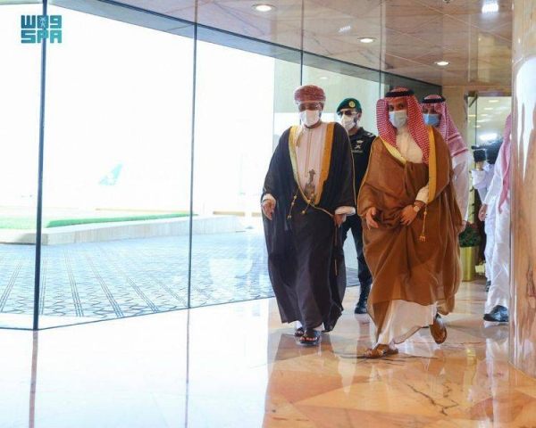 Oman's foreign minister arrives in Saudi Arabia on official visit