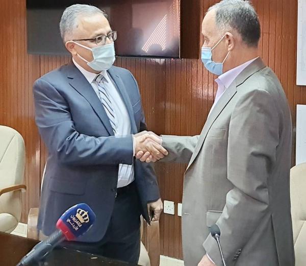 The agreement was signed between Muhammad Najjar, Minister of Water and Irrigation, and Moustafa Hasan, Metito Jordan, in Amman, Jordan.